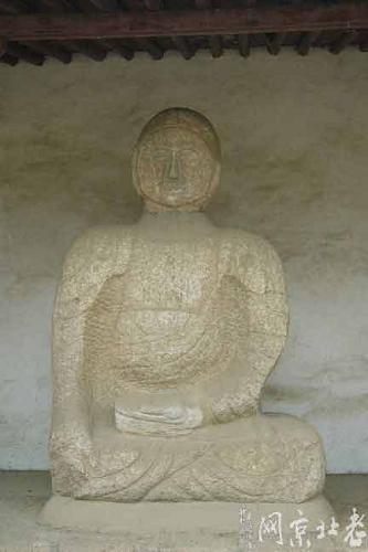 北京八达岭石佛寺石像