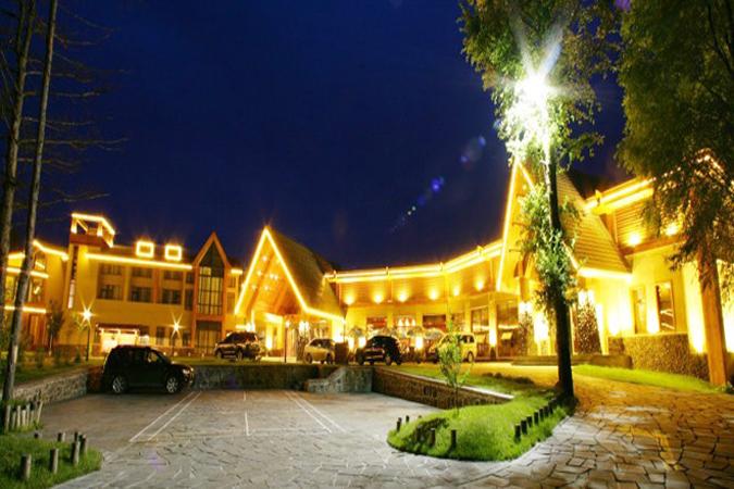 【正宗长白山温泉】住1晚长白山蓝景温泉度假酒店,酒店临近北坡+温