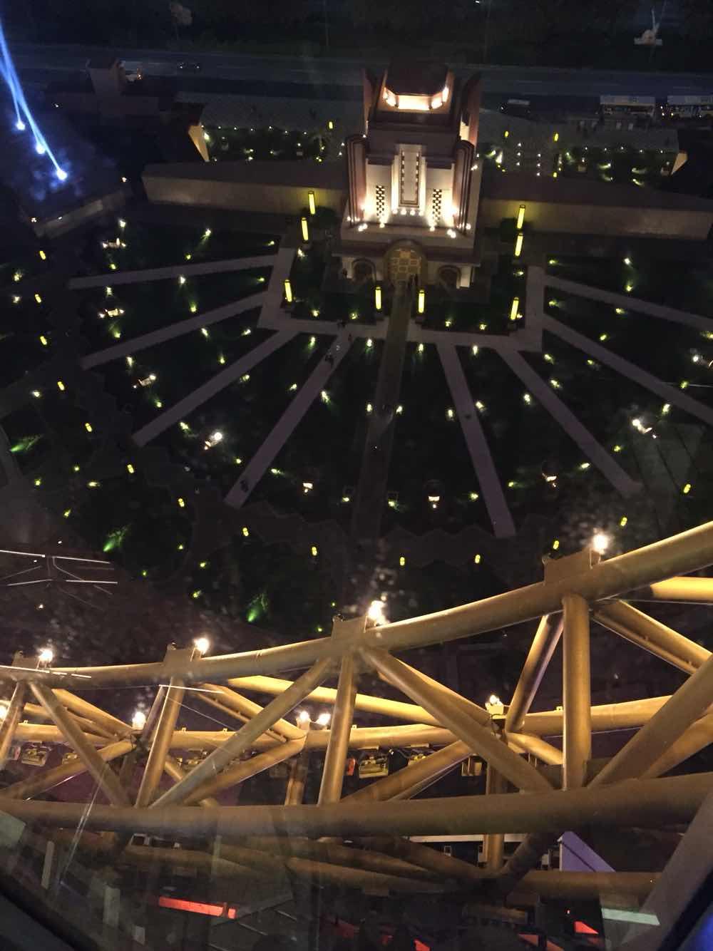 澳门新濠影汇 新濠影汇之星摩天轮门票新濠影汇综艺馆全球最高摩天轮,在高处凝望世界 驴妈妈点评