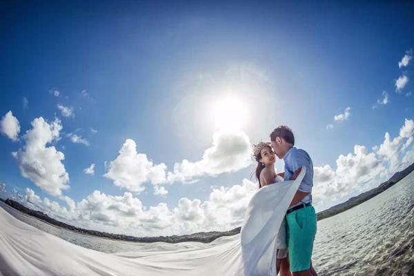 我嫁给了太平洋上的那一抹蓝