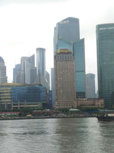 上海东方明珠 船游浦江 外滩1日巴士跟团游 特卖