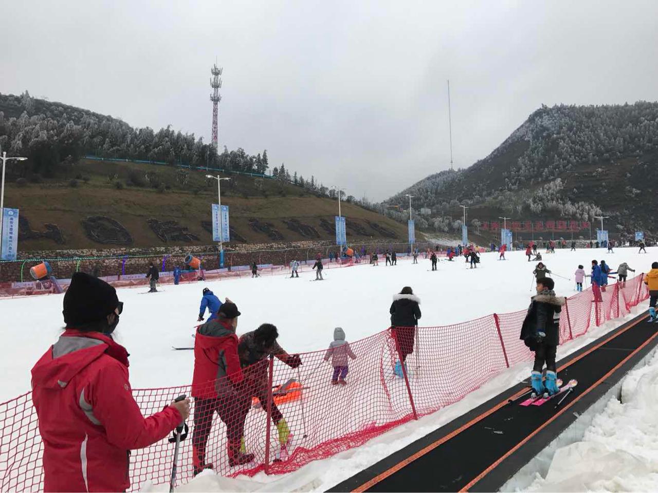 六盘水梅花山滑雪+成人票1月18日19日每日10点限量抢购春节限量
