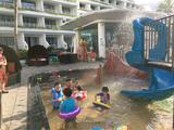 【三亚】住三亚亚龙湾迎宾馆2晚+每日双人营养早餐+双人海底餐厅自助晚餐1次+七色幻彩泳池+儿童电子水族馆